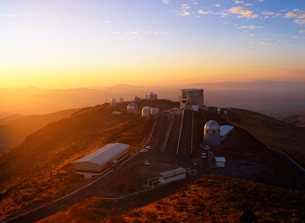 Progetto di costruzione del New Technology Telescope (NTT) nel deserto di Atacama in Cile