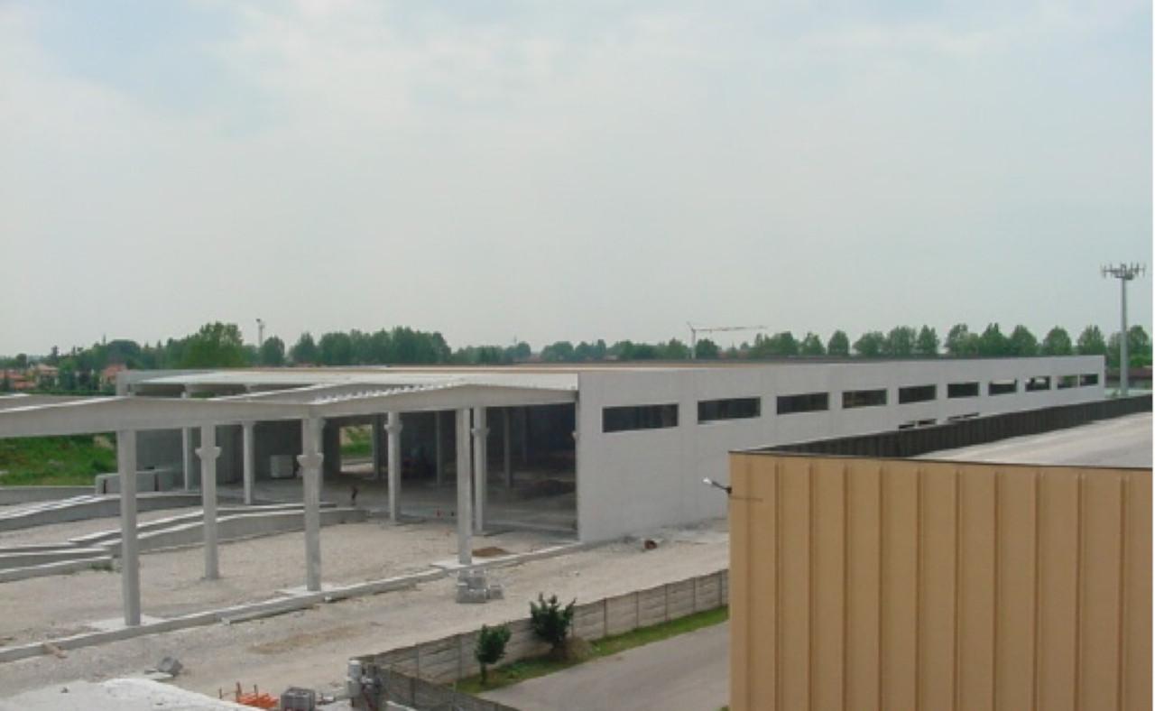 Progetto di costruzione ed ampliamento di un capannone industriale a Fossalta di Piave